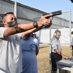 Jaga Imun dan Asah Naluri Tempur, Gubernur Akademi TNI AL dan PJU AAL Latihan Menembak