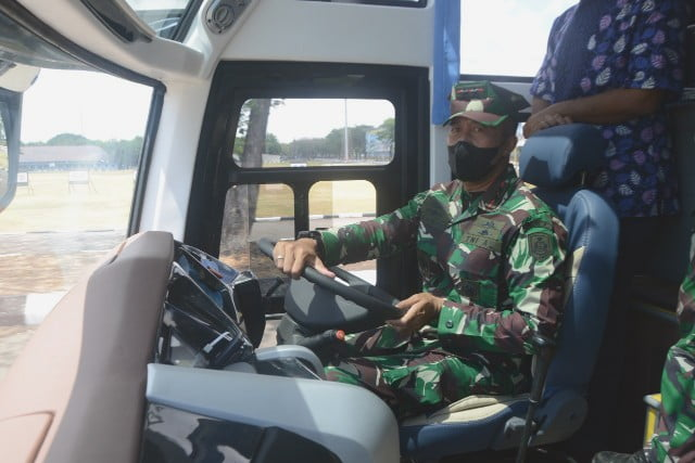 Gub AAL tst drive bus
